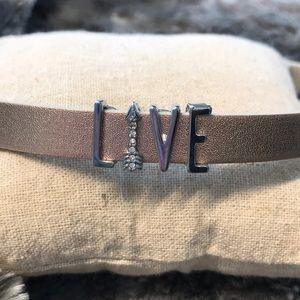 Jewelry - Keep collective bracelet charms